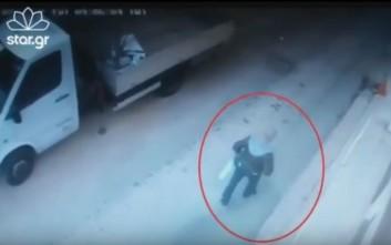 Η στιγμή της σύλληψης του δολοφόνου της 32χρονης Δώρας