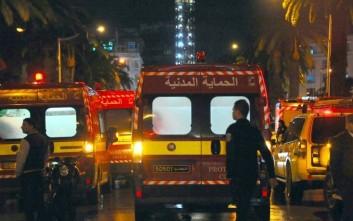 Υπέκυψε στα τραύματά του αστυνομικός που δέχτηκε επίθεση στην Τύνιδα
