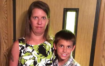Σκότωσε τον 14χρονο γιο της και αυτοκτόνησε