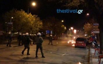 Μολότοφ και συγκρούσεις στη Θεσσαλονίκη μετά την πορεία για τον Γρηγορόπουλο