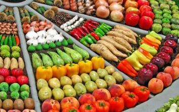Πώς συνδέονται φρούτα και λαχανικά με τον κίνδυνο εμφράγματος και εγκεφαλικού
