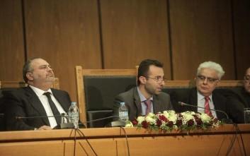 Δικαστικές «βολές» κατά κυβερνητικών στελεχών