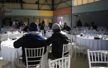 Τραπέζι αλληλεγγύης του δήμου Αθηναίων για 1.000 άπορους πολίτες