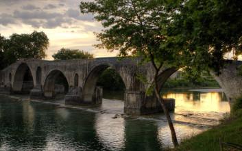 Άραχθος, ο ποταμός με τα ξακουστά γεφύρια
