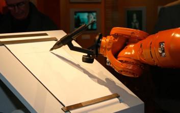 Μπορούν τα ρομπότ να γράψουν ποίηση;
