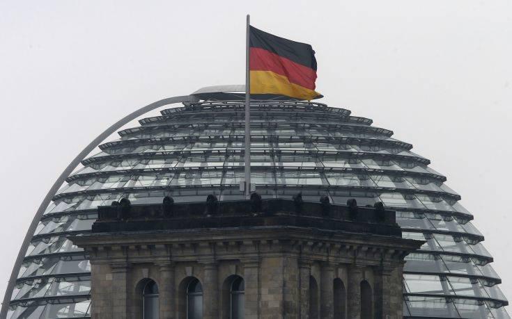Το Βερολίνο καλεί την Τεχεράνη να απελευθερώσει το βρετανικό δεξαμενόπλοιο