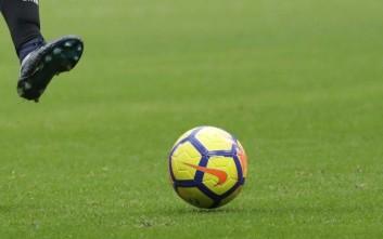 Ο παίκτης που αφήνει τη γυναίκα του να αποφασίσει για το ποδοσφαιρικό του μέλλον