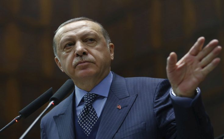 Η Άγκυρα χαρακτηρίζει «θεμιτό στόχο» όποιον βοηθά τους Kούρδους