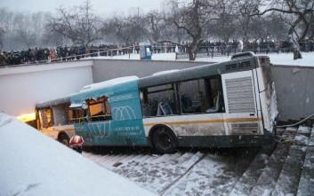 Δυστύχημα «βλέπουν» οι Αρχές για το λεωφορείο που σκόρπισε τον θάνατο στη Μόσχα