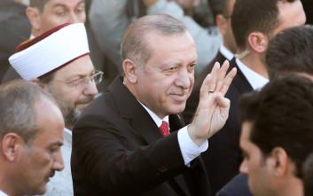 Ο Ερντογάν κόβει τη λέξη «Τουρκία» από όσους τον επικρίνουν
