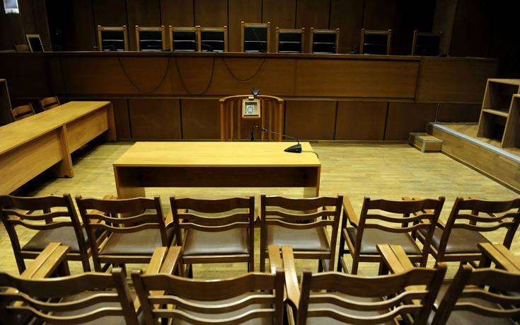 Στη φυλακή οκτώ για την υπόθεση της «μαφίας του χρυσού» μέχρι τώρα