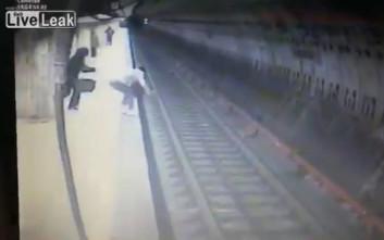 Σοκαριστικές εικόνες από δολοφονία στο μετρό του Βουκουρεστίου