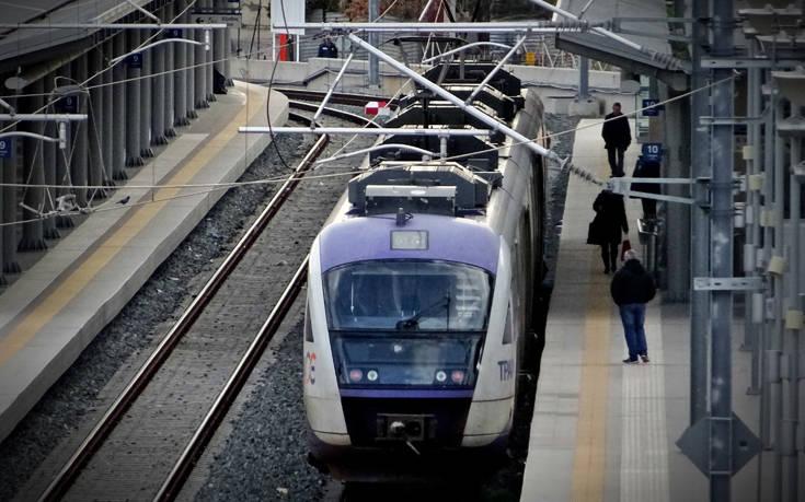 Κανονικά θα κινηθούν την Τρίτη προαστιακός και τρένα