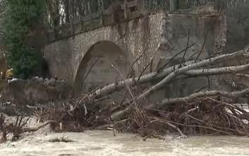 Έπεσε από την κακοκαιρία το γεφύρι της Ποριάς στην Καστοριά