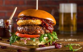 Το Santa Burger έρχεται στα Pax Homemade Burgers στη Θεσσαλονίκη