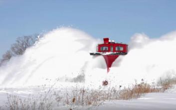 Τρένα και χιόνι σε μια εντυπωσιακή συλλογή