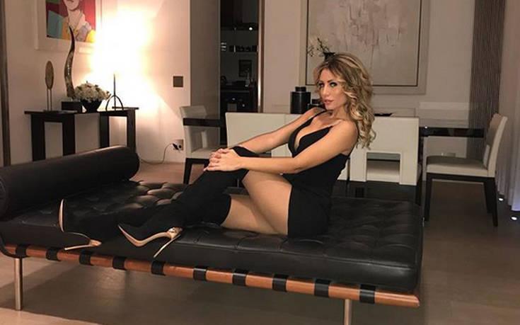 H Marika Baldini έχει πλούσιο μπούστο και κορμί που κολάζει