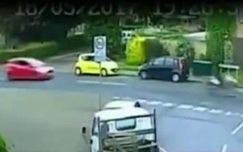 Αυτοκινητιστής κυνηγά και σκοτώνει μοτοσικλετιστή σε τρομακτικό περιστατικό