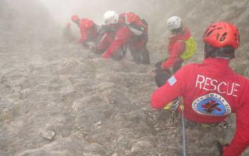 Παραμένει ακινητοποιημένος ο γάλλος ορειβάτης στον Όλυμπο