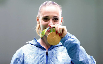 Η ΣΟΥΡΩΤΗ στηρίζει την Ολυμπιονίκη Άννα Κορακάκη