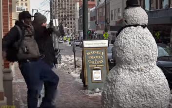 Πόσο τρομακτικός μπορεί να είναι ένας χιονάνθρωπος;