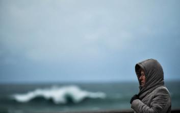 Πήγαν να βοηθήσουν άνδρα που είχε παρασυρθεί από τα κύματα και πνίγηκαν