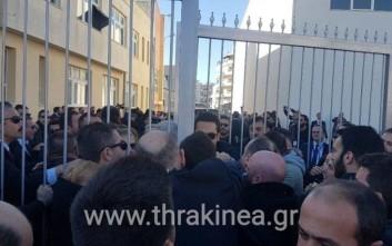 Σπρωξίδι σε σχολείο στην Κομοτηνή κατά την επίσκεψη Ερντογάν