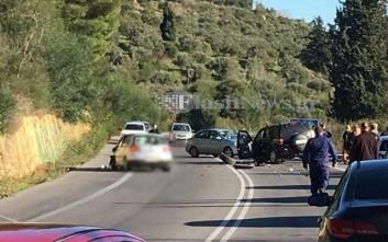 Σφοδρή σύγκρουση αυτοκινήτων στην εθνική οδό Χανίων - Ρεθύμνης