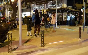 Πρωτοποριακός φωτισμός στις ράμπες για ΑμεΑ στη Θεσσαλονίκη