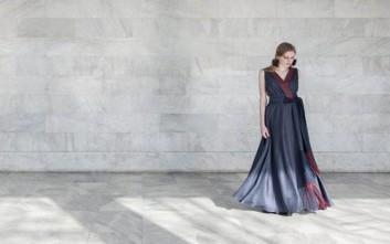 Επίδειξη μόδας στην αυλή του Ηρωδείου για τον οίκο της Μαρέβας Γκραμπόφσκι