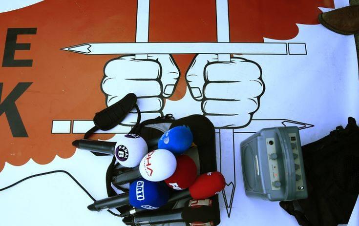 Ποινή φυλάκισης 27 μηνών σε δημοσιογράφο της Cumhuriyet