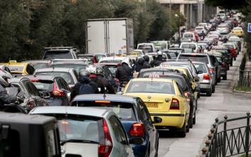 Χάος στους δρόμους της Αθήνας, κλειστή η Αλεξάνδρας