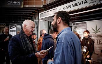 Ο Παπανδρέου στην πρώτη έκθεση κάνναβης στην Ελλάδα