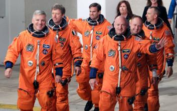 Αστροναύτης κατά Τραμπ για τα αστειάκια του με τα πυρηνικά και το κουμπί