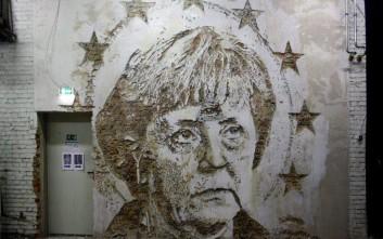 Ο Πορτογάλος «Μπάνκσι» που κάνει γκράφιτι μέσω της δημιουργικής καταστροφής