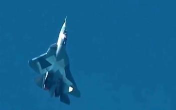 Παρθενική πτήση του ρωσικού στελθ Σουχόι 57 με νέους κινητήρες