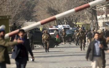 Κοντά σε σχολείο η επίθεση αυτοκτονίας στην Καμπούλ