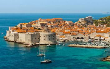 Ελληνικό νησί στη λίστα του Forbes με τους πιο οικονομικούς αξιόλογους προορισμούς του 2018