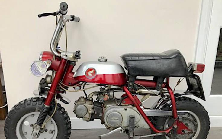 Πωλείται το Honda Monkey του Τζον Λένον