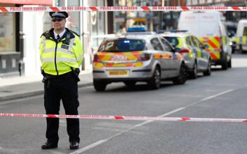 Δεκαοκτάχρονος στη Βρετανία κατηγορείται για τρομοκρατία
