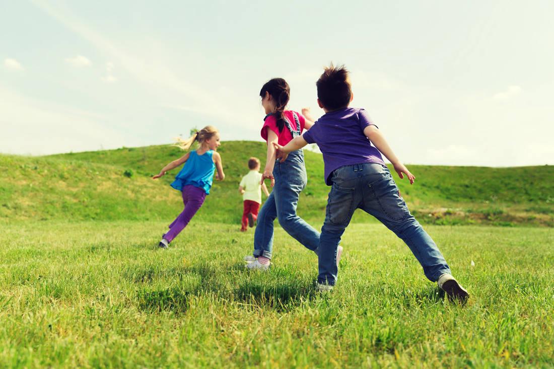 Αποτέλεσμα εικόνας για α παιδιά ώσπου να νυχτώσει έπαιζαν στις αλάνες