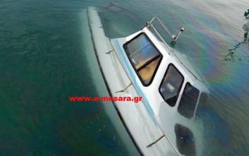 Βούλιαξε σκάφος στο λιμάνι του Κόκκινου Πύργου