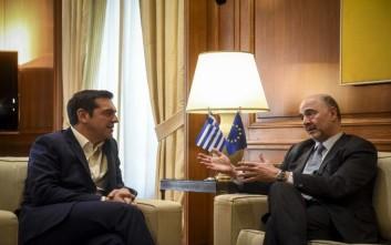 Τσίπρας σε Μοσκοβισί: Το προσεχές καλοκαίρι θα είναι ένα ιστορικό ορόσημο για την Ελλάδα