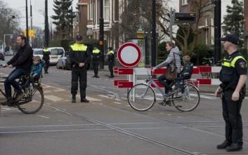 Όλα τα σενάρια για την επίθεση στον σιδηροδρομικό σταθμό του Άμστερνταμ εξετάζει η αστυνομία