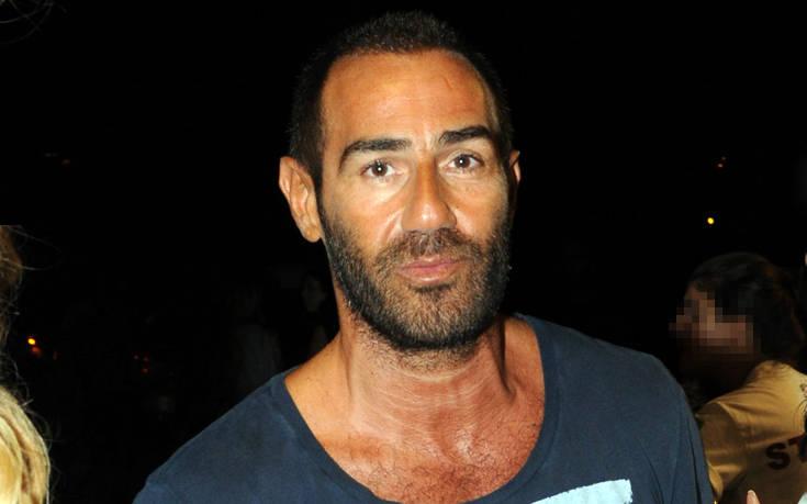 Φίλος του Αντώνη Κανάκη πέθανε από κορονοϊό: «Προσπαθώ ακόμα να το χωνέψω»