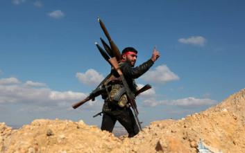 Οι αντάρτες άρχισαν να αποχωρούν από περιοχές στη κεντρική Συρία