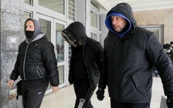 Ποινική δίωξη στον συλληφθέντα για το αντικείμενο στον Γκαρθία