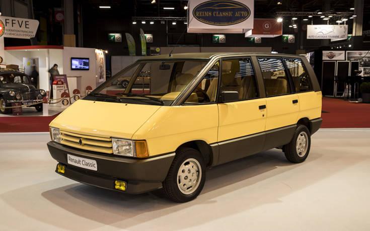 21203872_R_tromobile_2018_Renault