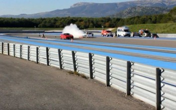 Πυραυλοκίνητο ποδήλατο «ντροπιάζει» Ferrari