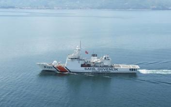 Τουρκικά σκάφη κύκλωσαν τα Ίμια